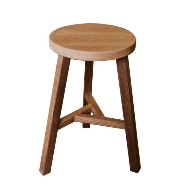 Мебель из тика, Табурет из тика
