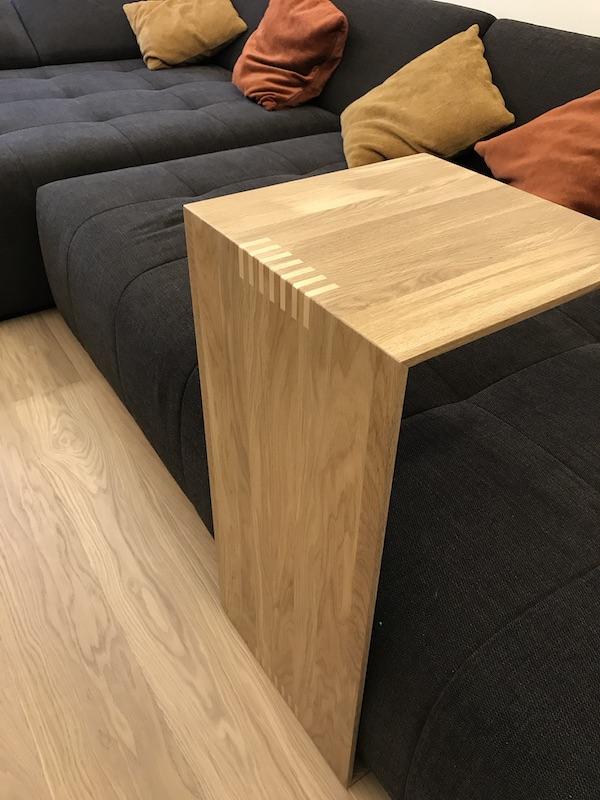 Приставной столик для удаленной работы